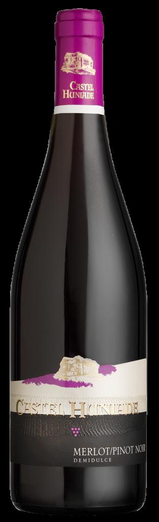 Castel-Huniade-Merlot-Pinot-Noir