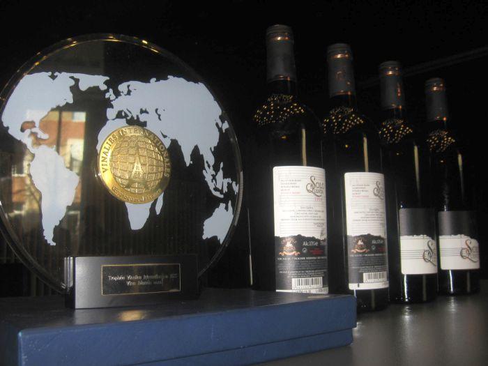 vin-solo-quinto premii medalii